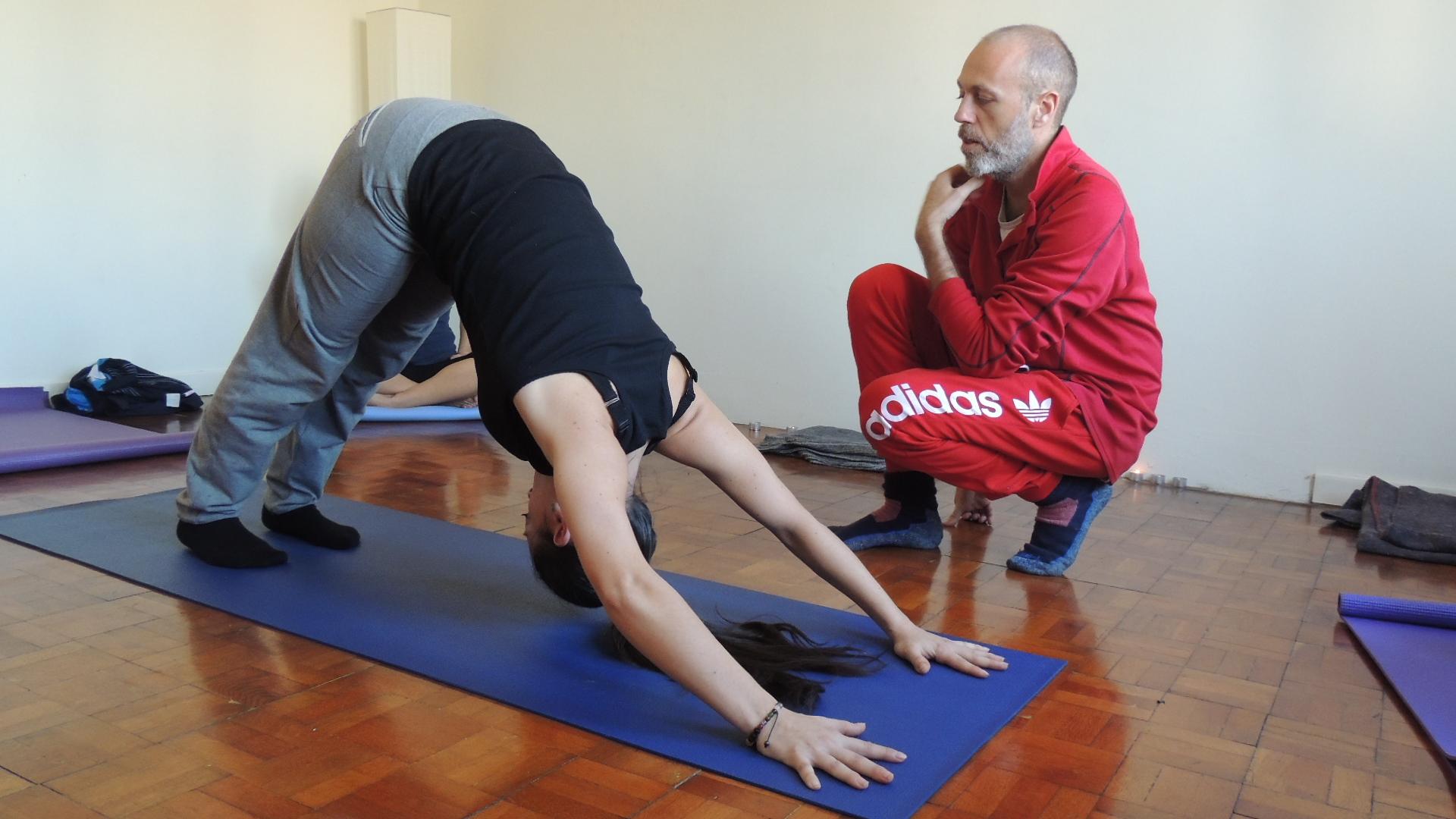 yaiza leal patricio moralo formacion yoga barcelona